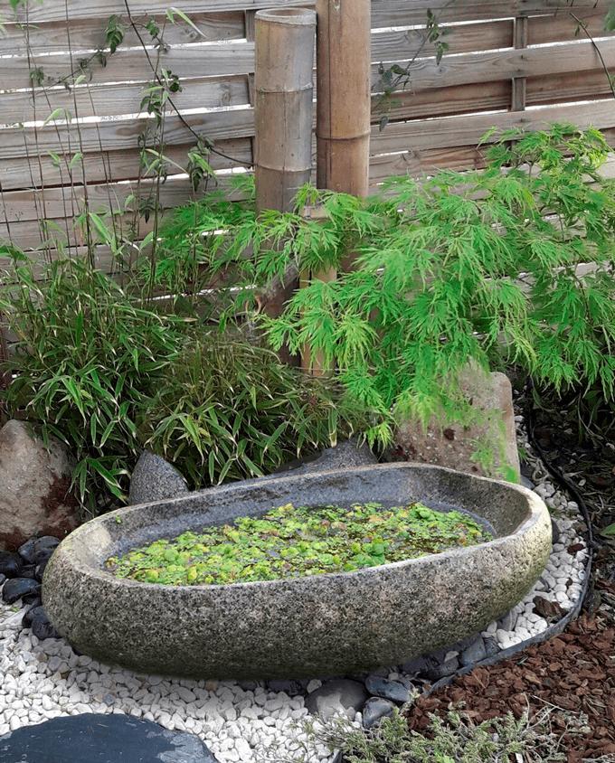 Fuente grande jardin